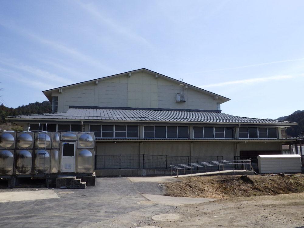 恵那特別支援学校フリースペース屋根外壁内部改修工事